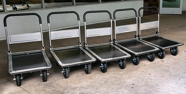 New Hand Carts For Transporting Food Supplies